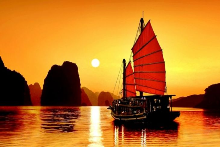 Highlight Of Hanoi Tour With Halong Bay And Tam Coc